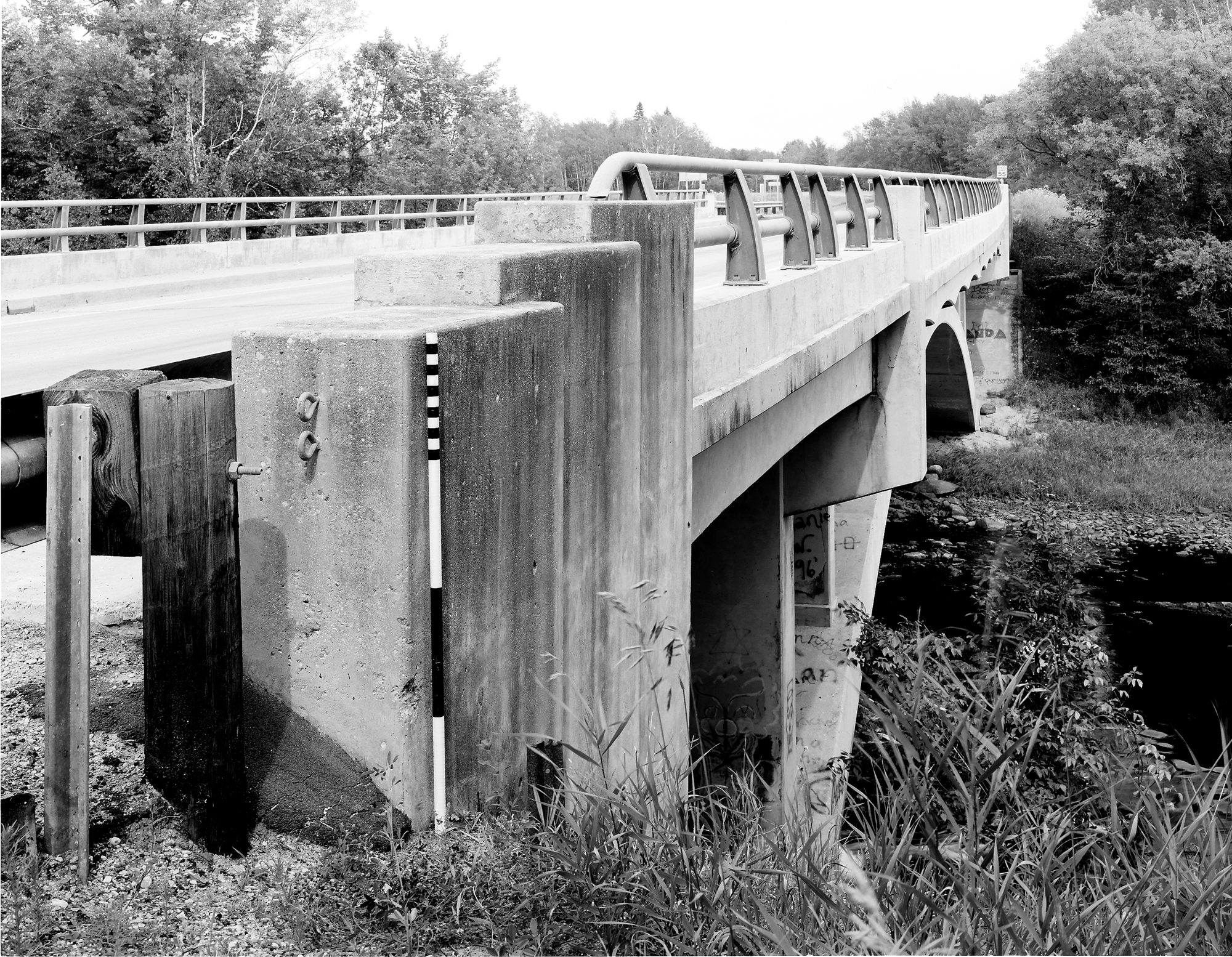 Bridge 5557 - MHPR LW-CLE-001-12 (Please credit Daniel R. Pratt and the Minnesota Historic Property Record)