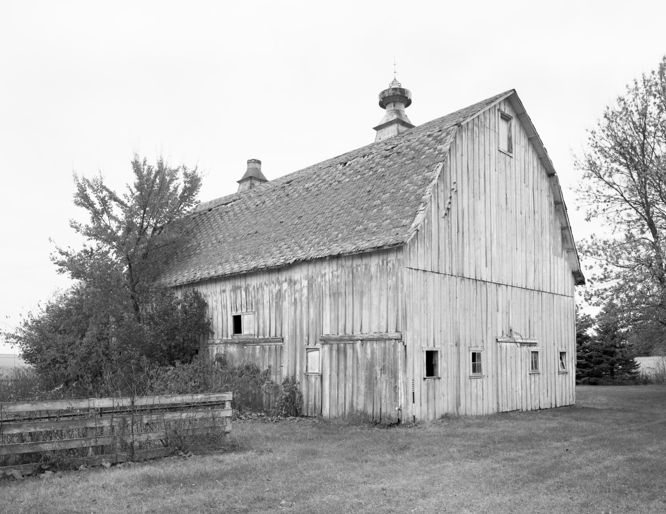 Lehmann Barn (c. 1919) Claremont Vicinity, Minnesota