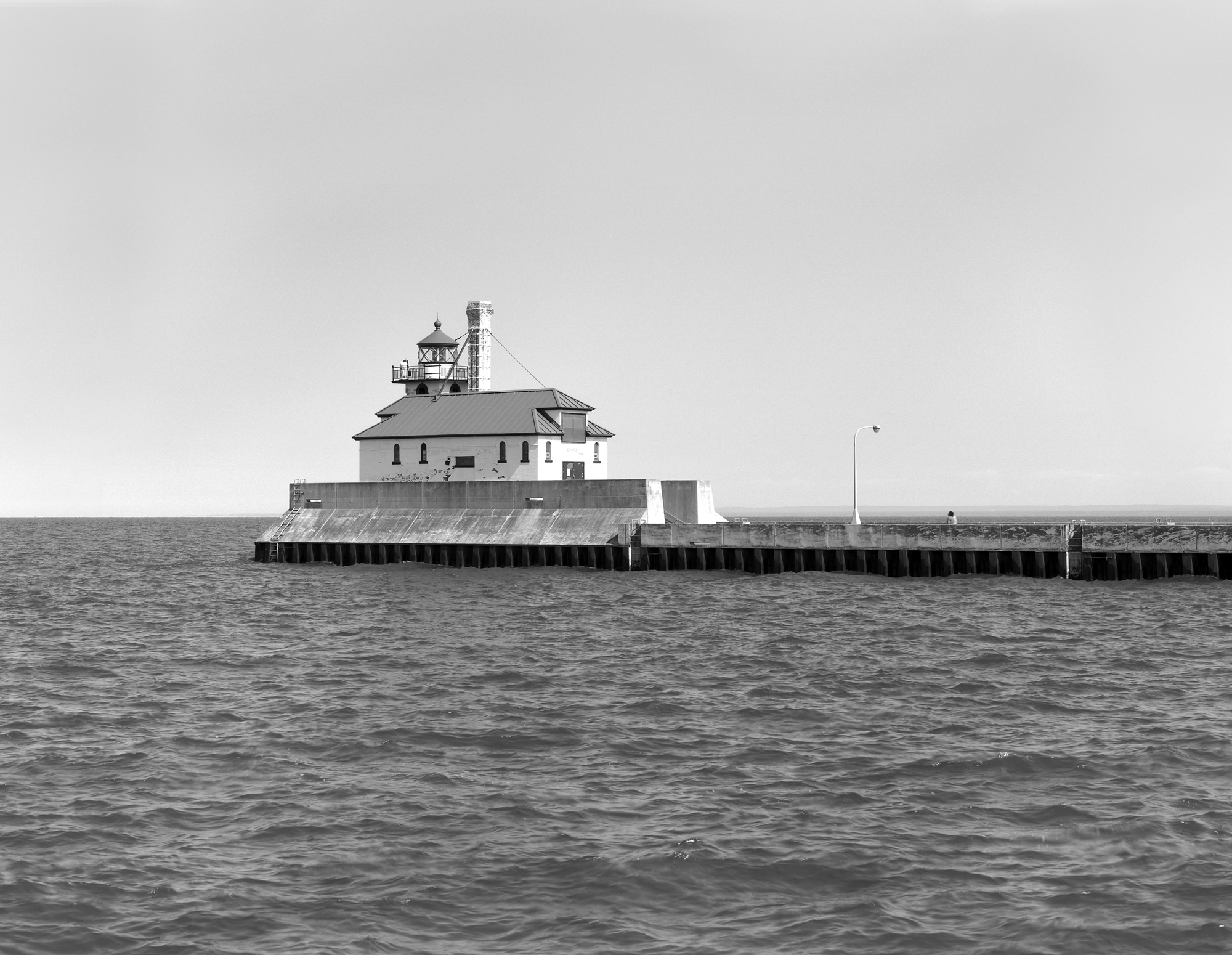 South Breakwater Light - SL-DUL-2003-02 (Please credit Daniel R. Pratt and the Minnesota Historic Property Record)