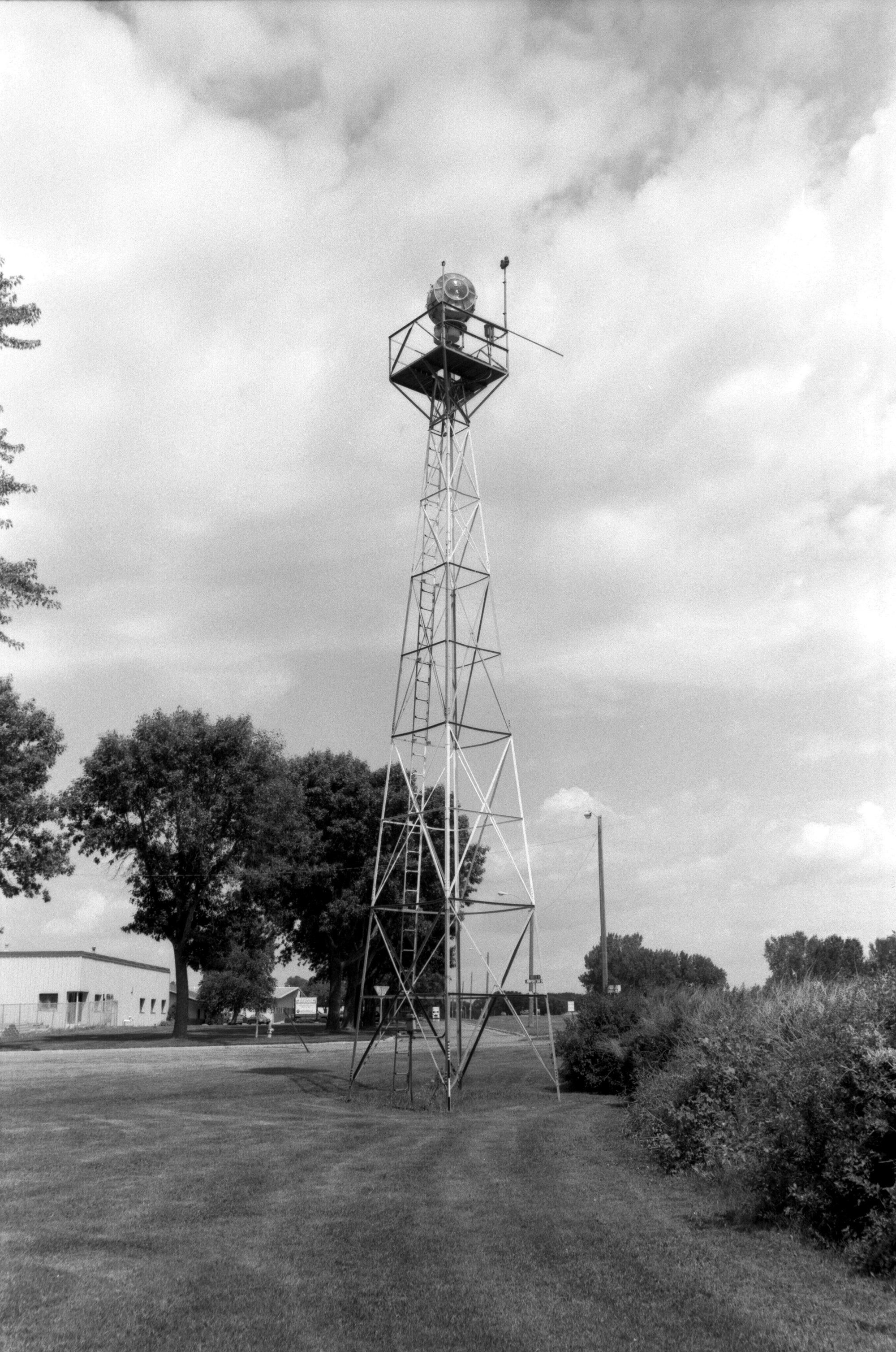 Airport Beacon - MHPR KH-WLC-132-10 (Please credit Daniel R. Pratt and the Minnesota Historic Property Record)