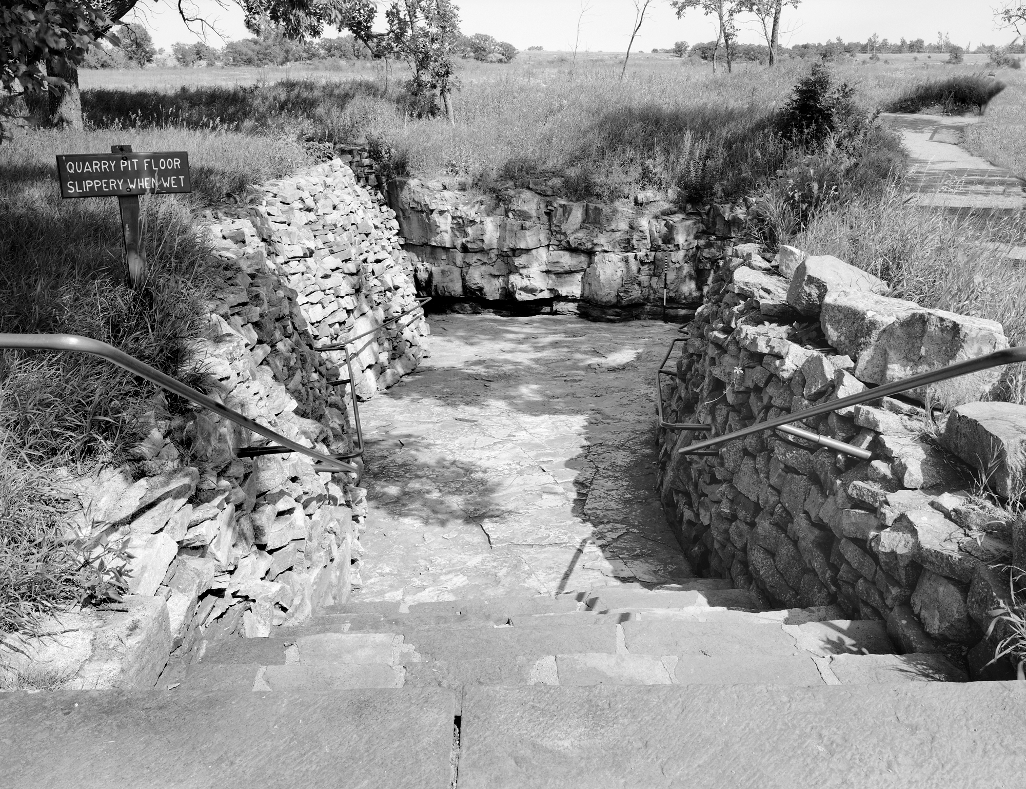 HAER MN-120-02 Pipestone National Monument Exhibit Quarry (Please credit Daniel R. Pratt and the Historic American Engineering Record)